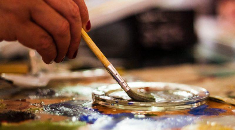 Vil du være kunstner? Få et lån til at komme i gang